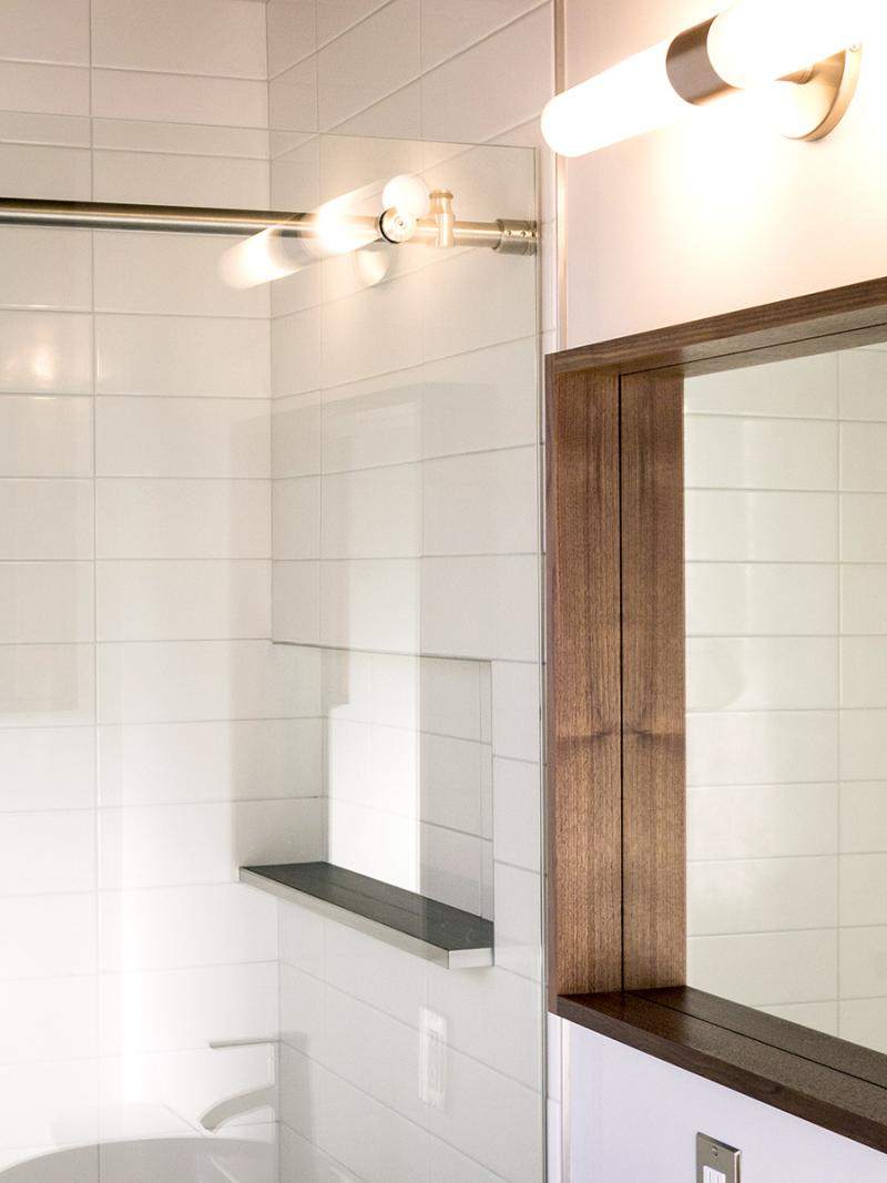 4077-bathroom_01