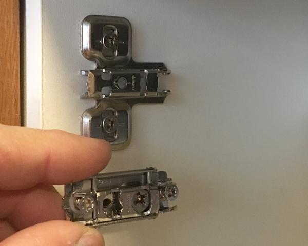 Fitting Ikea Utrusta hinges to Akurum Cabinets - RedneckModern